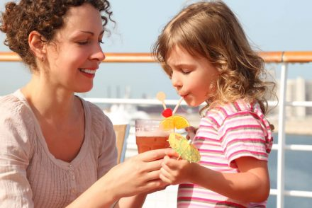Crianças em cruzeiros: viaje com segurança e muita diversão!