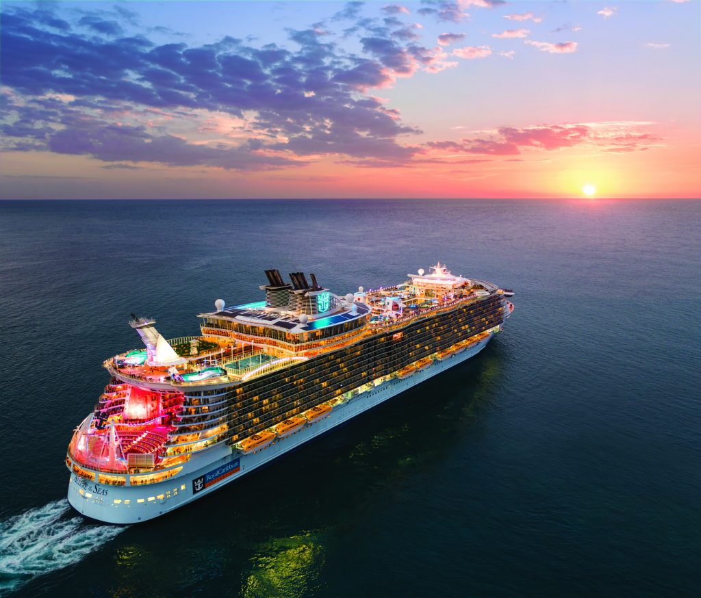 Allure of the Seas - Navio da Clase Oasis da Royal Caribbean