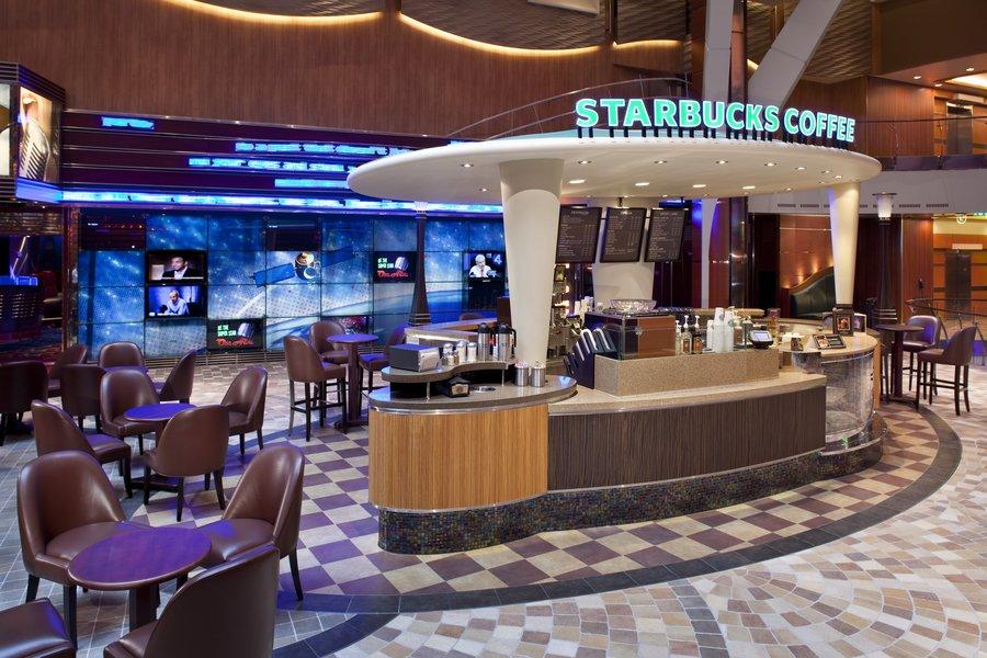 Starbucks, uma das opções que o Allure of the Seas oferece