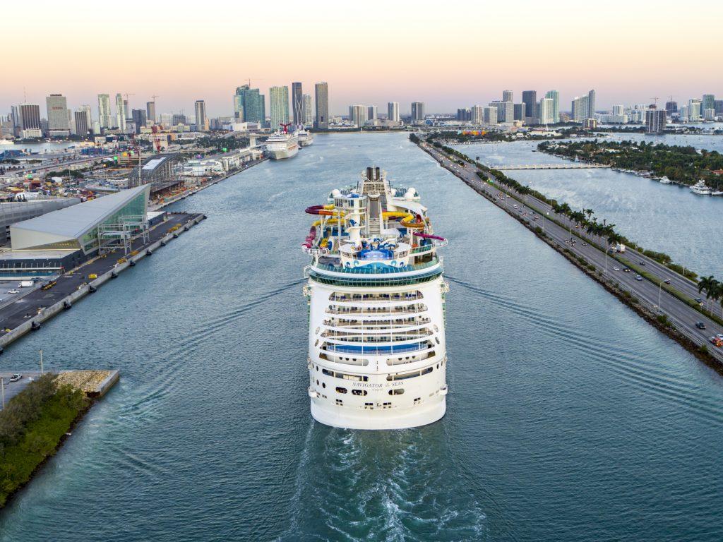 Navigator of the Seas, um dos destaques Classe Voyager da Royal Caribbean